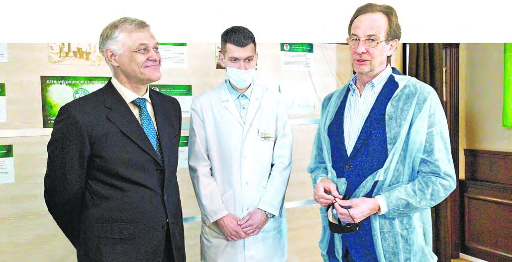 Анатолий Смирнов: Люди доверяют медикам